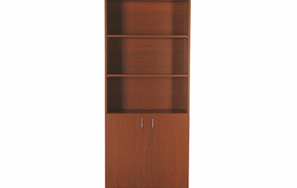 Деревянный шкаф с неполными дверьми открытыми полочками