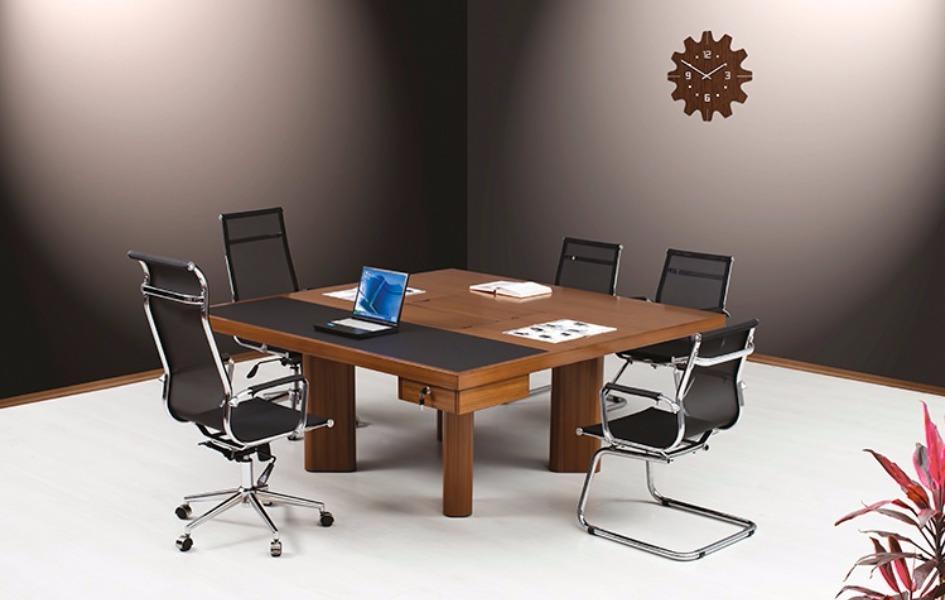 Calinos Toplantı Masası