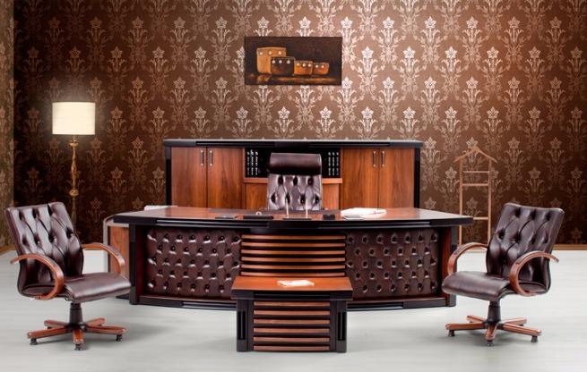 King Polished Wooden VIP Executive Office Furniture